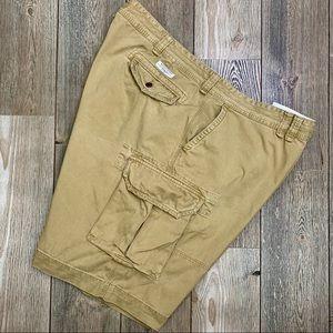 Polo Ralph Lauren Classic Chino Cargo Shorts.